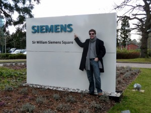 Sir William Siemens Square - Entrance to the UK Headquarter