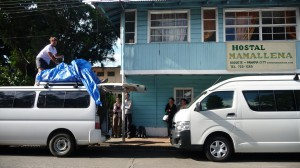 Panama - Boquete: preparing with the Mamallena shuttle for Bocas del Toro