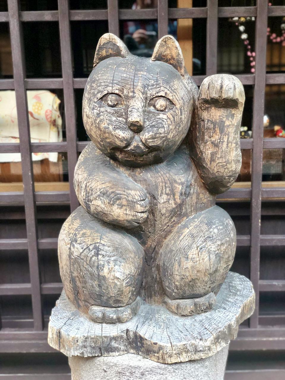 Winke-Katze in Takayama, Takayama-Shi, Gifu, Japan (09.09.2019)