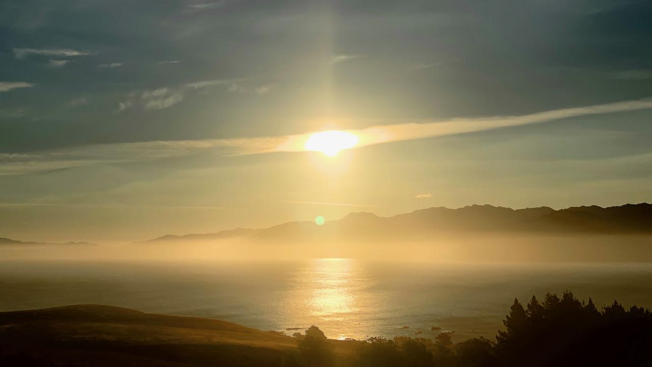Sonnenuntergang auf dierKaikoura-Halbinsel, Canterbury, Neuseeland (22.12.2019)